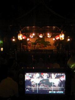 渋谷でお祭りでライブで撮影中